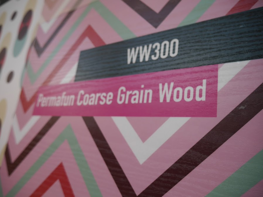 Mactac Laminating film Permafun Coarse Grain Wood